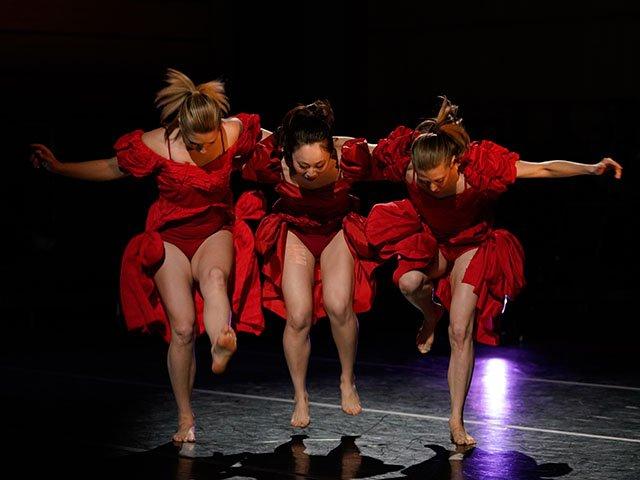 Picks-Li-Chaio-Ping-Dance_crJohnManiaci11292018.jpg
