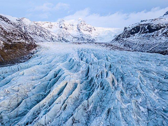 Art-Svinafellsjokull-Glacial-Tongue-crMichaelKienitz-12202018.jpg