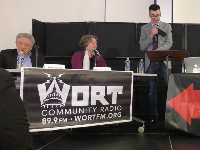 News-Mayoral-Debate-crChelseyDequaine-03192019 2.jpg