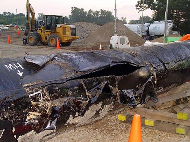 News-Enbridge-ruptured-pipeline-03212019.jpg