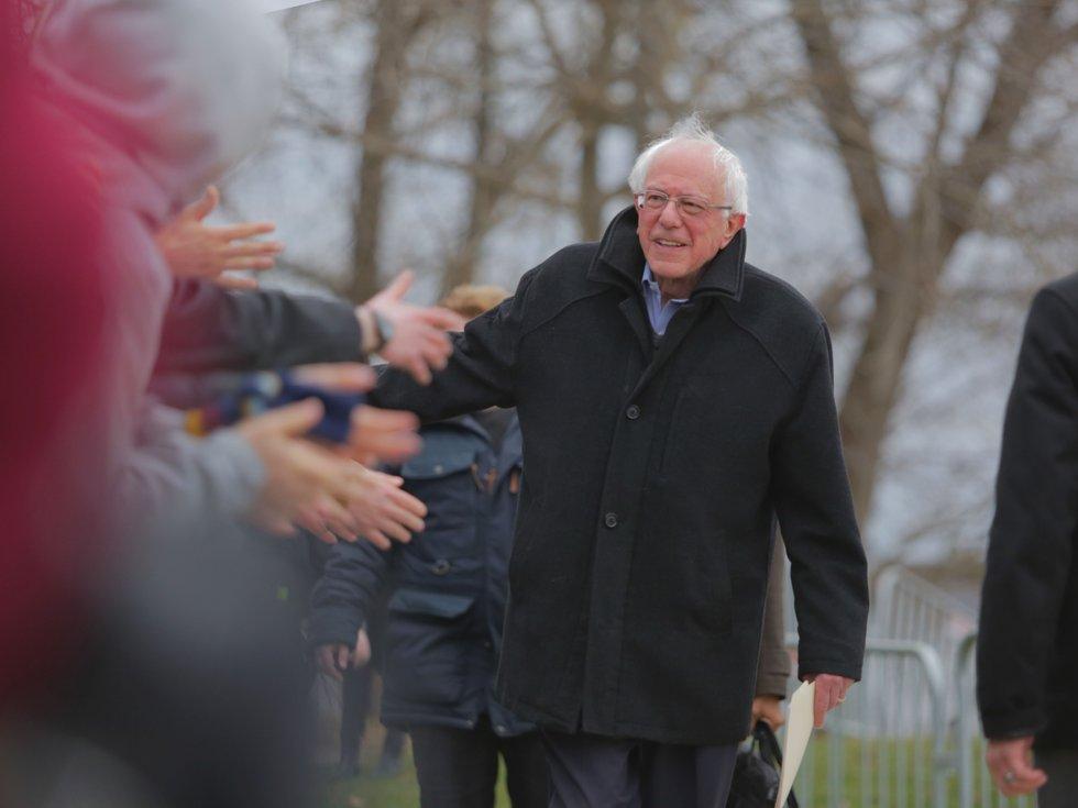 04-News-Bernie-Greeting-cr-KoriFeener-04122019.jpg