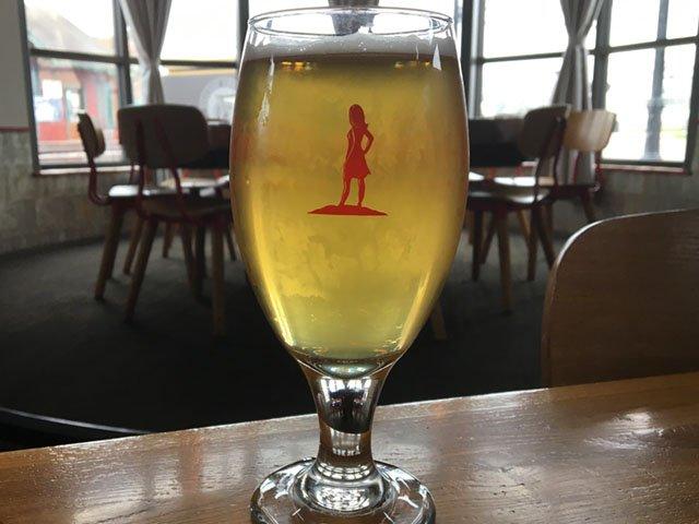 Beer-Lone-Girl-Brewing-Working-Draft-Grisette-crRobinShepard-05082019.jpg