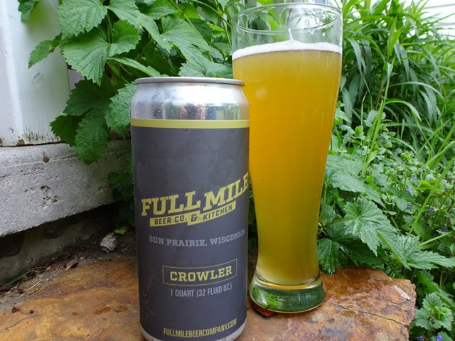 Beer-Full-Mile-Suncrushed-Hefeweizen-crRobinShepard-05292019.jpg