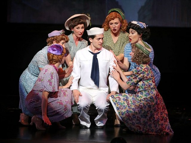 calendar-Capital-City-Theatre-On-the-Town-cr-Darren-Lee.jpg