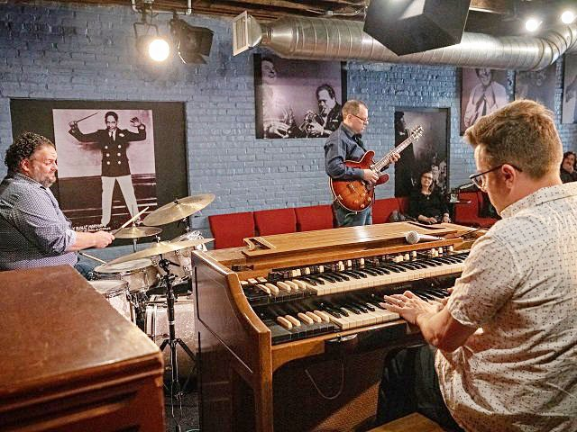 Music-Mike-Cammilleri-Organ-Trio-crPaddyCassidy7thSenseMedia.jpg