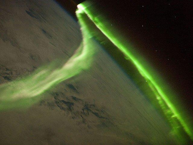 Opinion-solar-storm-09192019.jpg