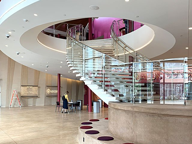 Music-Hamel-Music-Center-lobby-crPhilipAshby-09262019.jpg