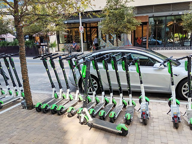 Cover-scooters-in-Austin_crJackCraver10102019.jpg