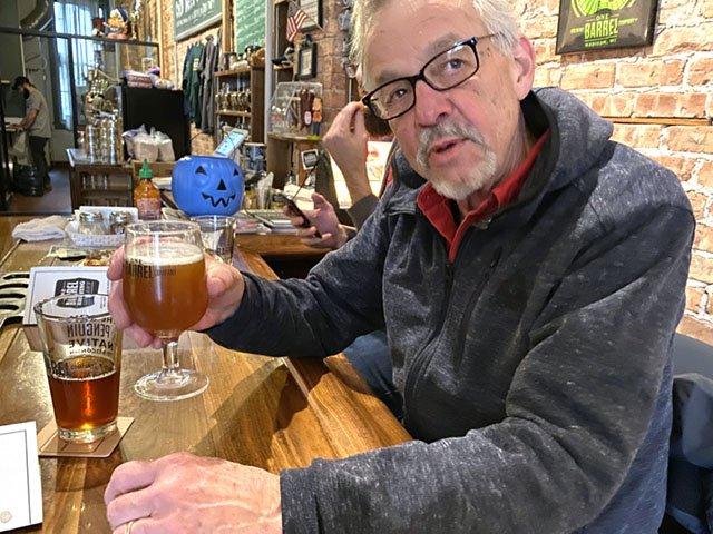 Beer-One-Barrel-Veterans-Brew-crRobinShepard-11062019.jpg