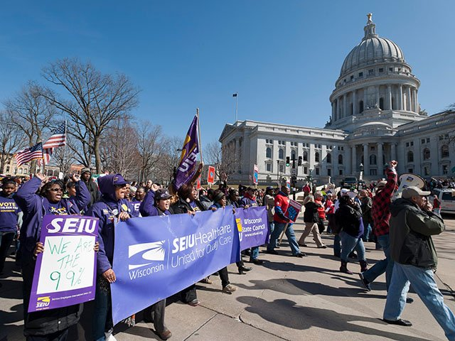 News-nurses-union-2012-protest_SEIUHWfacebook-12192019.jpg