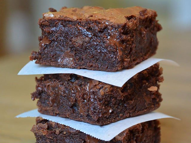 News-Just-Bakery-Brownies2_crFB-02062020.jpg