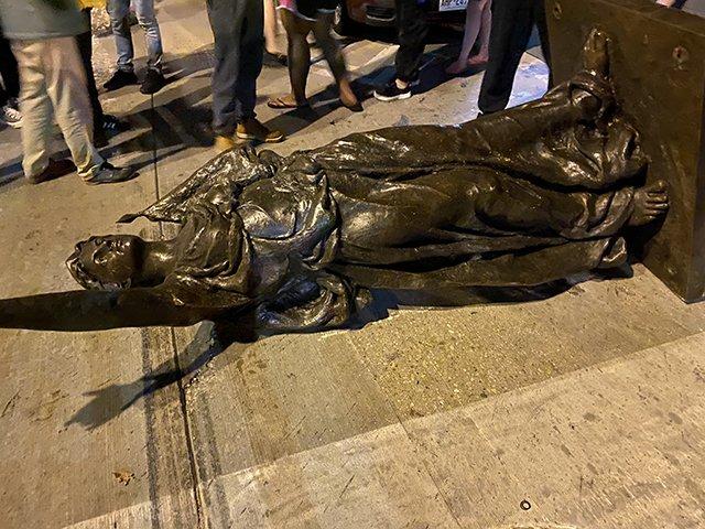 News-Statues-2-06-24-2020.jpg