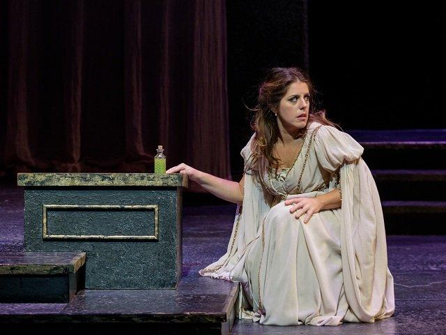 calendar-Madison-Opera-romeo-juliet-Emily-Birsan-2016-cr-James-Gill.jpg