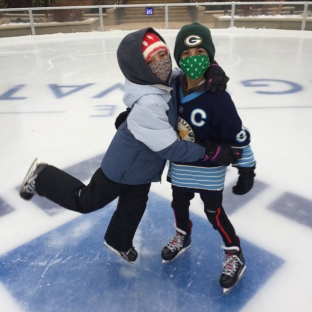 calendar-Edgewater-skating.jpg