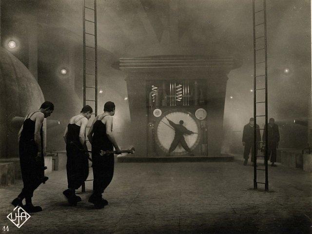 calendar-Metropolis.jpg