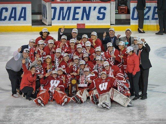 calendar-UW-hockey-women-2021-ncaa-champions-cr-robert-frank.jpg