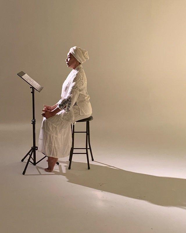 stage-Loud-N-Unchained-Quanda-Johnson-cr-Maia-Pearson.jpg