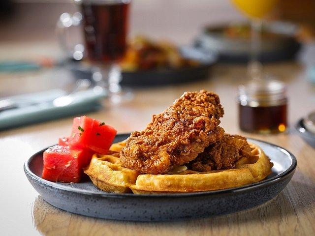 food-restaurantsopened-chickenwaffles-CReverydaykitchen-08-05-2021-web.jpg