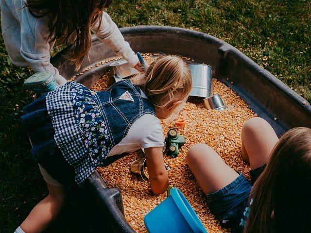 calendar-Fall-Farm-Hop-Kaitlin-Hansen-ic.JPG