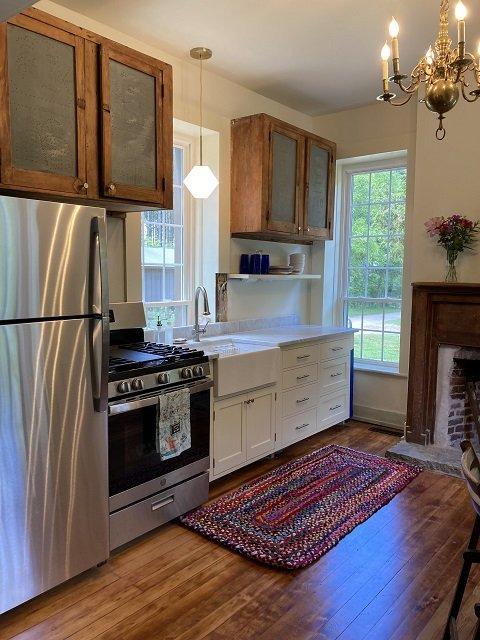 brisbanehouse-kitchen-09-09-2021-CRSamantha Crownover.jpeg