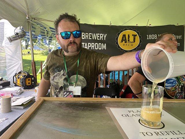 beer-AltBrew-HikingBoots-TrevorEaston-CRRobinShepard-09-02-2021.jpg
