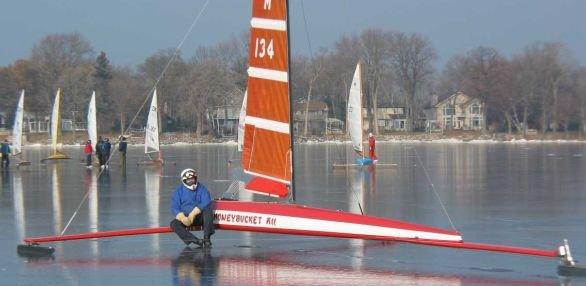 iceboat121108.jpg