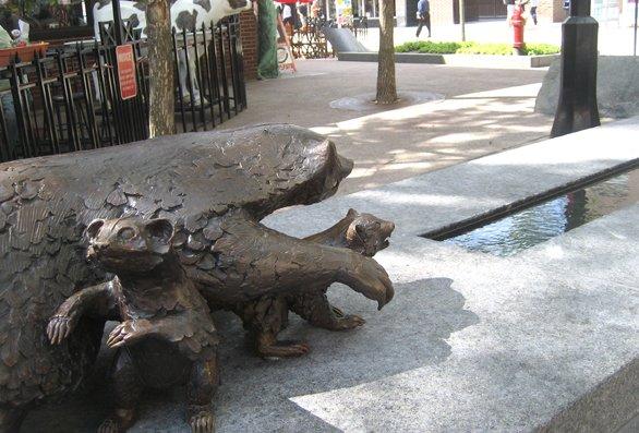 586NewsPublicSculpture.jpg