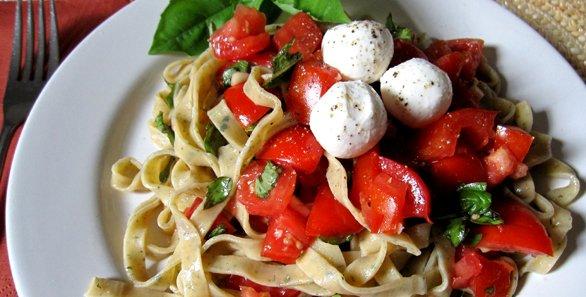 586spaghettimozzarella.jpg